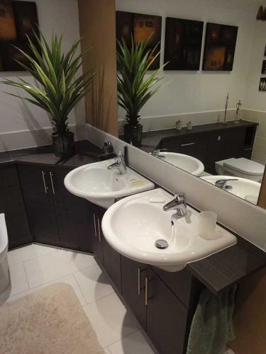 Bathroom25-800H